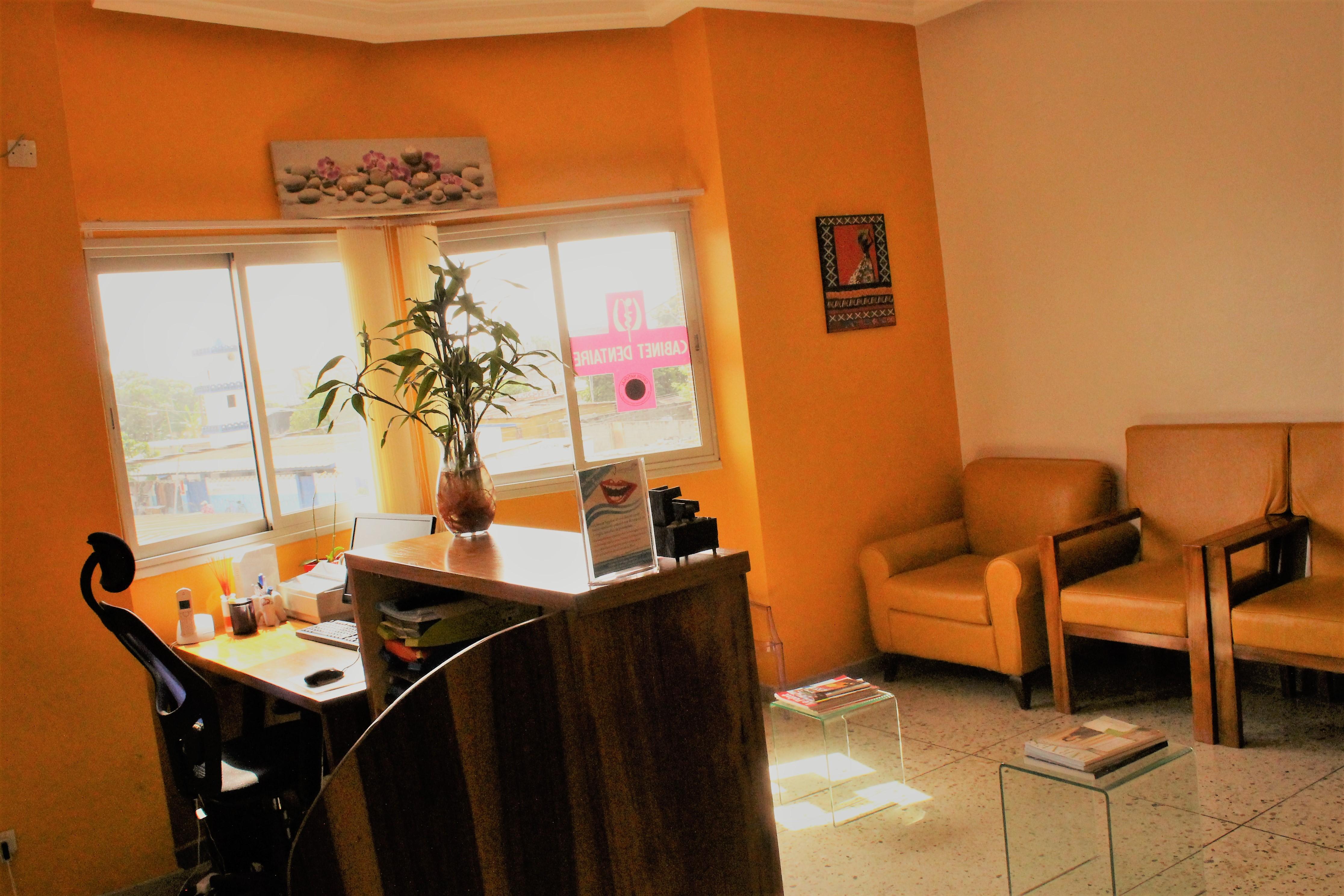 Cabinet Dentaire les Orchidées de Grand-Bassam